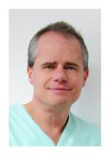 Dr Fred Fucker, Zahnarzt, Orale Chirurgie